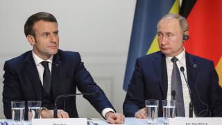 Κορωνοϊός: Πούτιν και Μακρόν μίλησαν για τα μέτρα που λαμβάνουν κατά του ιού