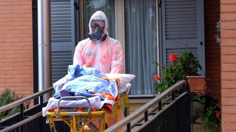Κορωνοϊός - Ιταλία: Δραματική η αύξηση των νεκρών - 712 σε μια ημέρα