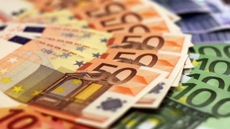 Κορωνοϊός: Πότε θα υποβληθούν οι αιτήσεις των εργαζομένων για τα 800 ευρώ