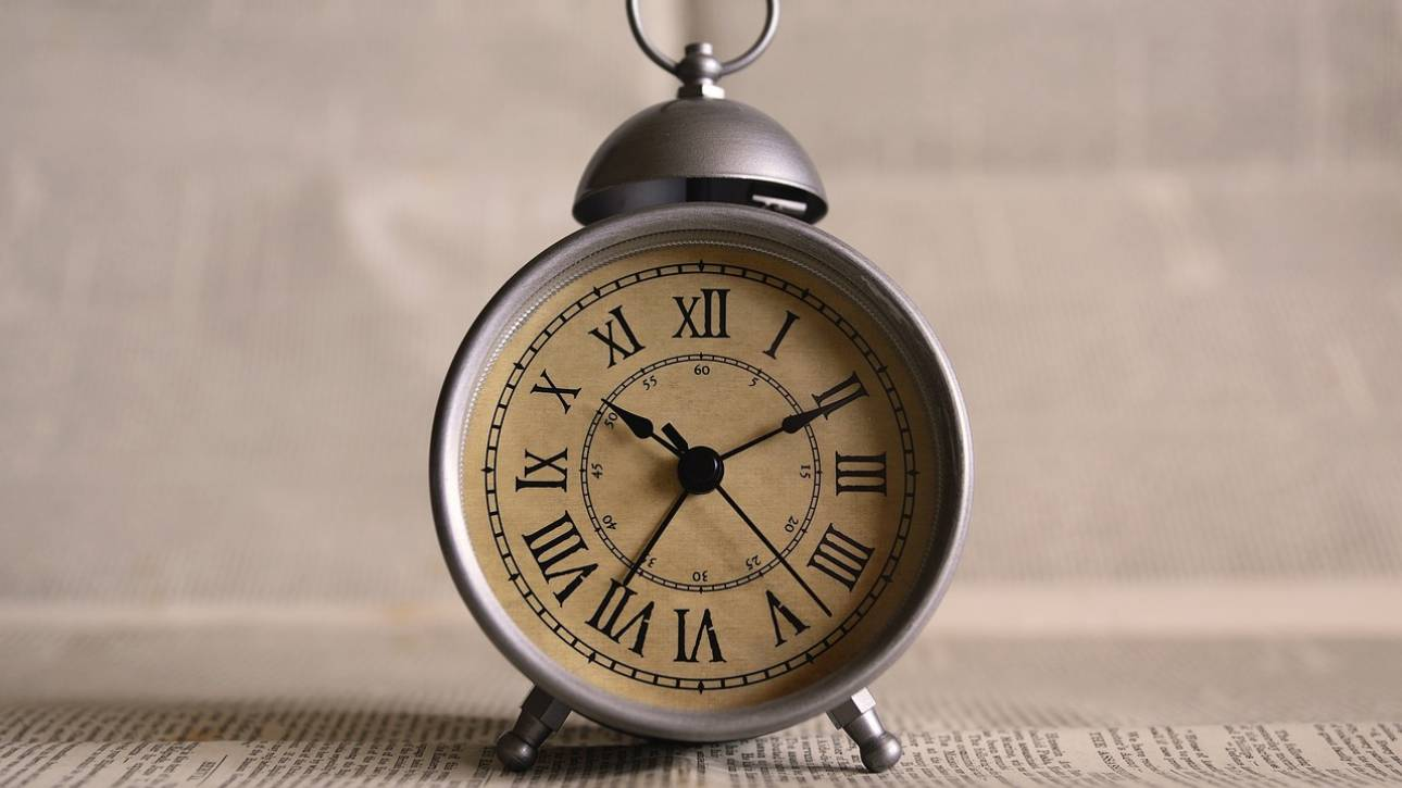 Αλλαγή ώρας: Μία ώρα μπροστά τα ρολόγια από τα ξημερώματα