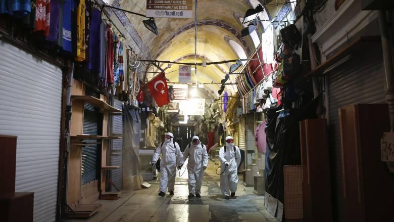 Κορωνοϊός: Εκτίναξη των θυμάτων στην Τουρκία - Αυστηρότερα μέτρα ανακοίνωσε ο Ερντογάν