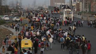 Κορωνοϊός: Συναγερμός στην Ινδία από θάνατο γκουρού - Σε καραντίνα 15.000 άνθρωποι