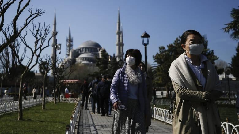 Τούρκος λοιμωξιολόγος: Ζήτημα χρόνου η κρίση του κορωνοϊού να φτάσει στην κορύφωσή της