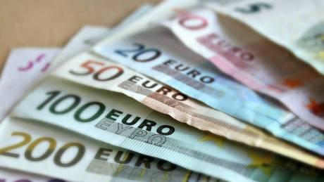 Πώς θα πάρετε το επίδομα των 800 ευρώ - Βήμα βήμα όλη η διαδικασία