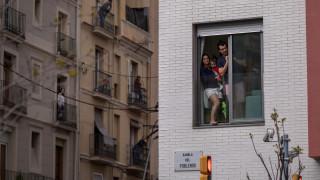 CNNi: Πώς η Ισπανία έγινε το νέο hotspot της πανδημίας