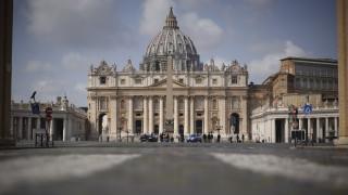 Κορωνοϊός: Θετικός στον ιό ο αναπληρωτής επίσκοπος της Ρώμης