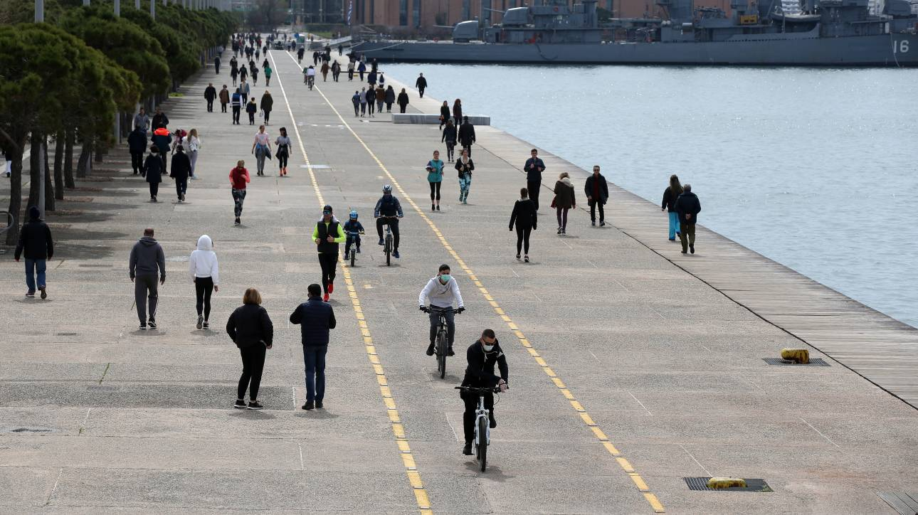 Θεσσαλονίκη: Κλείνει η Νέα Παραλία - CNN.gr