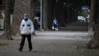 Κορωνοϊός: Επιστήμονες προσπαθούν να λύσουν τον γρίφο της νόσου και στρέφονται στα γονίδια