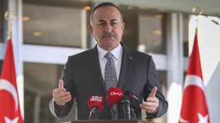 Τσαβούσογλου: 98 Τούρκοι του εξωτερικού νεκροί από τον κορωνοϊό