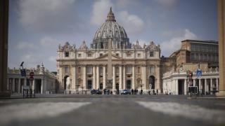 #Μένουμε_σπίτι: Διαδικτυακός περίπατος στη Βιβλιοθήκη του Βατικανού