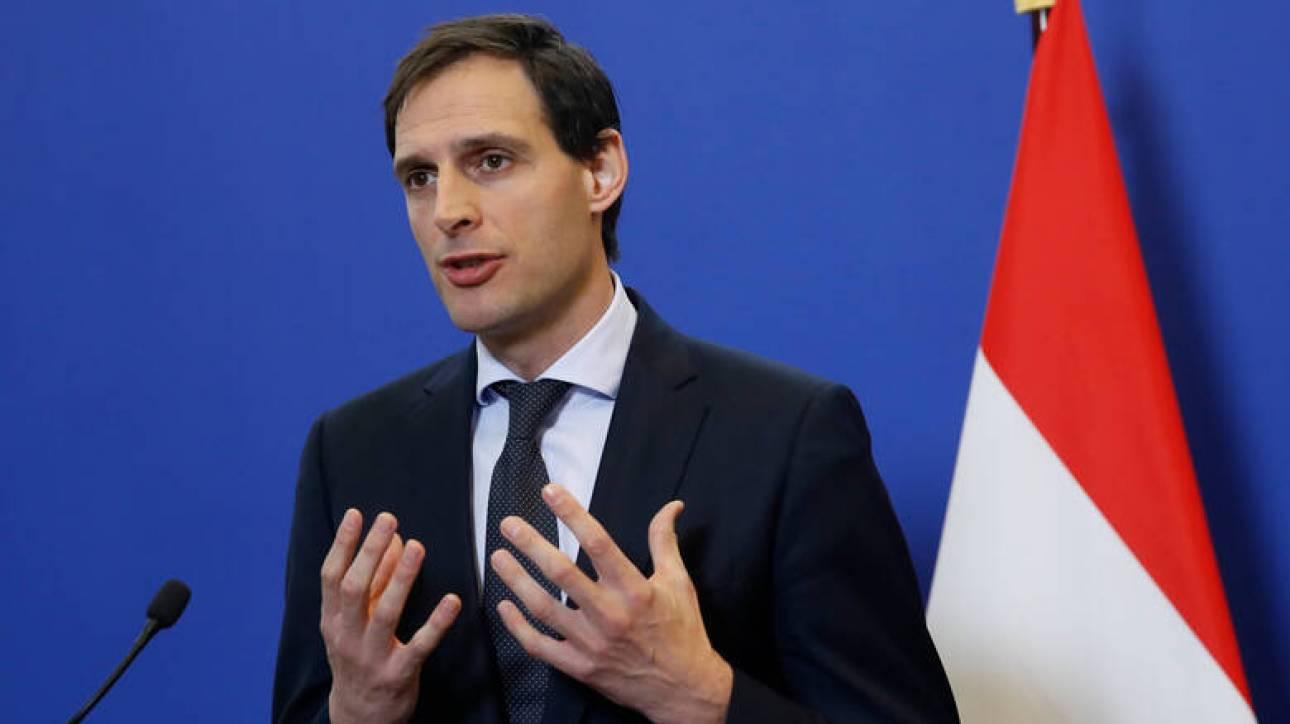 Ολλανδός ΥΠΟΙΚ: Παραδέχεται «λίγη συμπάθεια» προς στον Νότο, αρνείται και πάλι το ευρωομόλογο