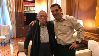 «Αντάρτης μέχρι τα 98 του χρόνια»: Ο Αλέξης Τσίπρας αποχαιρετά τον Μανώλη Γλέζο