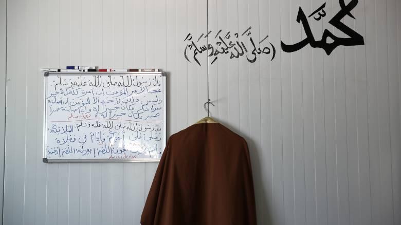 Κορωνοϊός: Σε καραντίνα η δομή προσφύγων στη Ριτσώνα – 20 κρούσματα