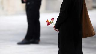 Μανώλης Γλέζος: Το συγκινητικό «αντίο» της Μάγδας Φύσσα