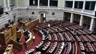 Εγκρίθηκαν οι ΠΝΠ με τα μέτρα κατά της διασποράς και διάδοσης του κορωνοϊού