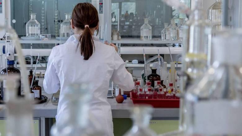 Η ελληνική φαρμακοβιομηχανία εγγυάται για την επάρκεια φαρμάκων