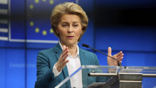 Κορωνοϊός - Φον Ντερ Λάιεν: Εξετάζεται αν θα παραταθεί το κλείσιμο των συνόρων