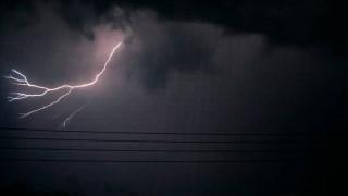 Έκτακτο δελτίο επικίνδυνων καιρικών φαινομένων: Έρχονται βροχές, καταιγίδες και θυελλώδεις άνεμοι