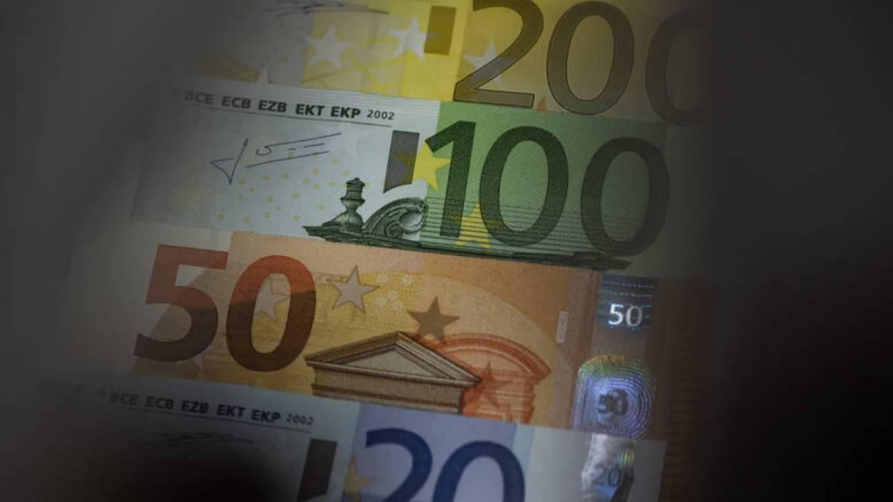 Κορωνοϊός: Πότε θα καταβληθούν τα χρήματα της αποζημίωσης των 800 ευρώ