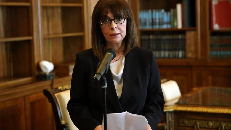 Κορωνοϊός: Αλληλεγγύη στον ισπανικό λαό εξέφρασε η Κ. Σακελλαροπούλου