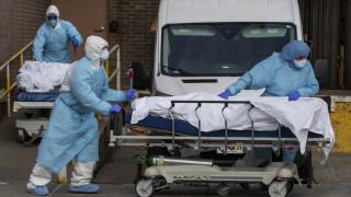 Κορωνοϊός - Έλληνας γιατρός στις ΗΠΑ: Είναι κόλαση, πόλεμος