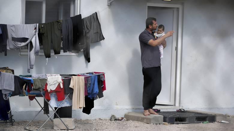 Κορωνοϊός - Προσφυγικό: Τη μεταφορά 1.600 ανηλίκων από την Ελλάδα ανακοίνωσε η Κομισιόν