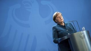 Der Spiegel: Μη-αλληλέγγυα, μικρόψυχη και δειλή η άρνηση Βερολίνου για ευρωομόλογα