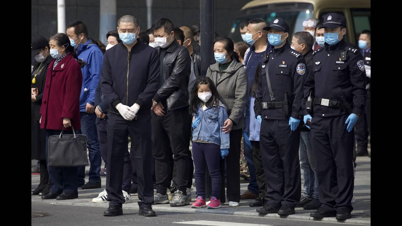 https://cdn.cnngreece.gr/media/news/2020/04/04/213980/photos/snapshot/china_nekroi-3.jpg
