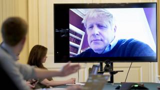 Βρετανία: Κάλεσμα Τζόνσον στους ηγέτες της αντιπολίτευσης για κοινό μέτωπο κατά του κορωνοϊού