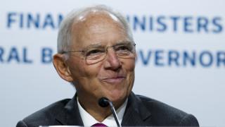 Σόιμπλε: Η Ευρώπη θα γίνει πιο αδύναμη με τα ευρωομόλογα κορωνοϊού
