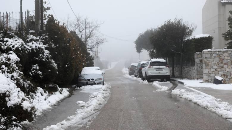Καιρός: Σε κλοιό κακοκαιρίας η χώρα την Κυριακή - Πού θα χιονίσει