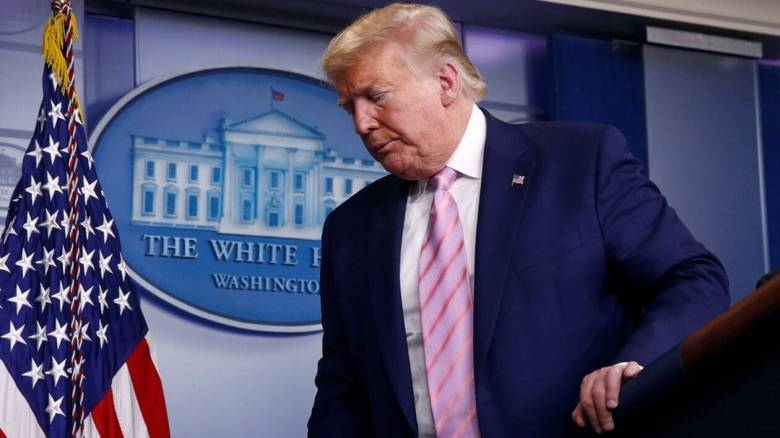 Τραμπ: Θα υπάρξουν πολλοί θάνατοι λόγω του κορωνοϊού τις ερχόμενες εβδομάδες