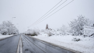 Καιρός: Στα λευκά Ευρυτανία και δυτική Φθιώτιδα Απρίλη μήνα