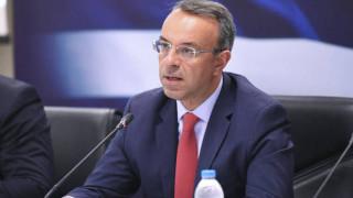 Σταϊκούρας: Η κρίση του κορωνοϊού θα προκαλέσει ύφεση 4% - Πότε θα καταβληθούν τα 800 ευρώ
