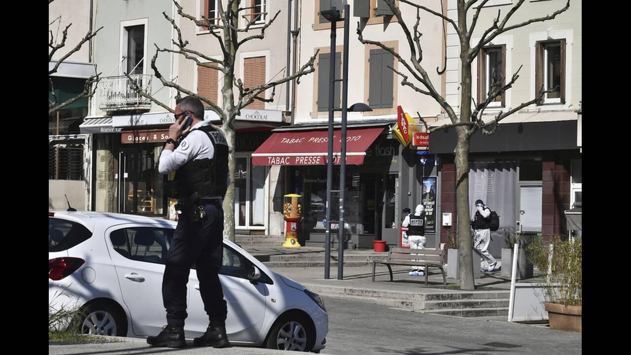 https://cdn.cnngreece.gr/media/news/2020/04/05/214093/photos/snapshot/france-knife-attack-3.jpg