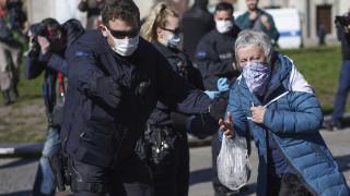 Κορωνοϊός: Η Κίνα έχει εξάγει σχεδόν 4 δισεκατομμύρια μάσκες