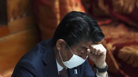 Κορωνοϊός: Ο Σίνζο Άμπε θα κηρύξει την Ιαπωνία σε κατάσταση έκτακτης ανάγκης