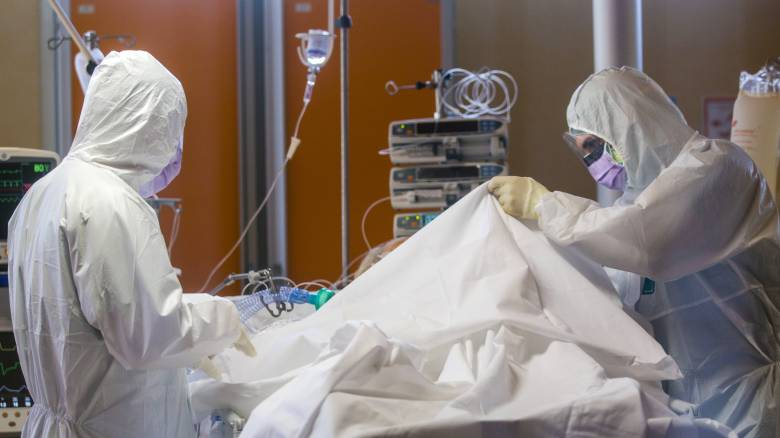 Κορωνοϊός - Ιταλία: 87 γιατροί έχουν χάσει τη ζωή τους - Μείωση στον αριθμό νεκρών και κρουσμάτων