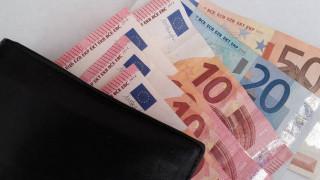 Κορωνοϊός: Ποιοι δημόσιοι υπάλληλοι δικαιούνται το έκτακτο «Δώρο Πάσχα»