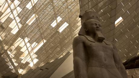 Κορωνοϊός: Αναβάλλονται τα εγκαίνια του Αρχαιολογικού Μουσείου στην Γκίζα της Αιγύπτου
