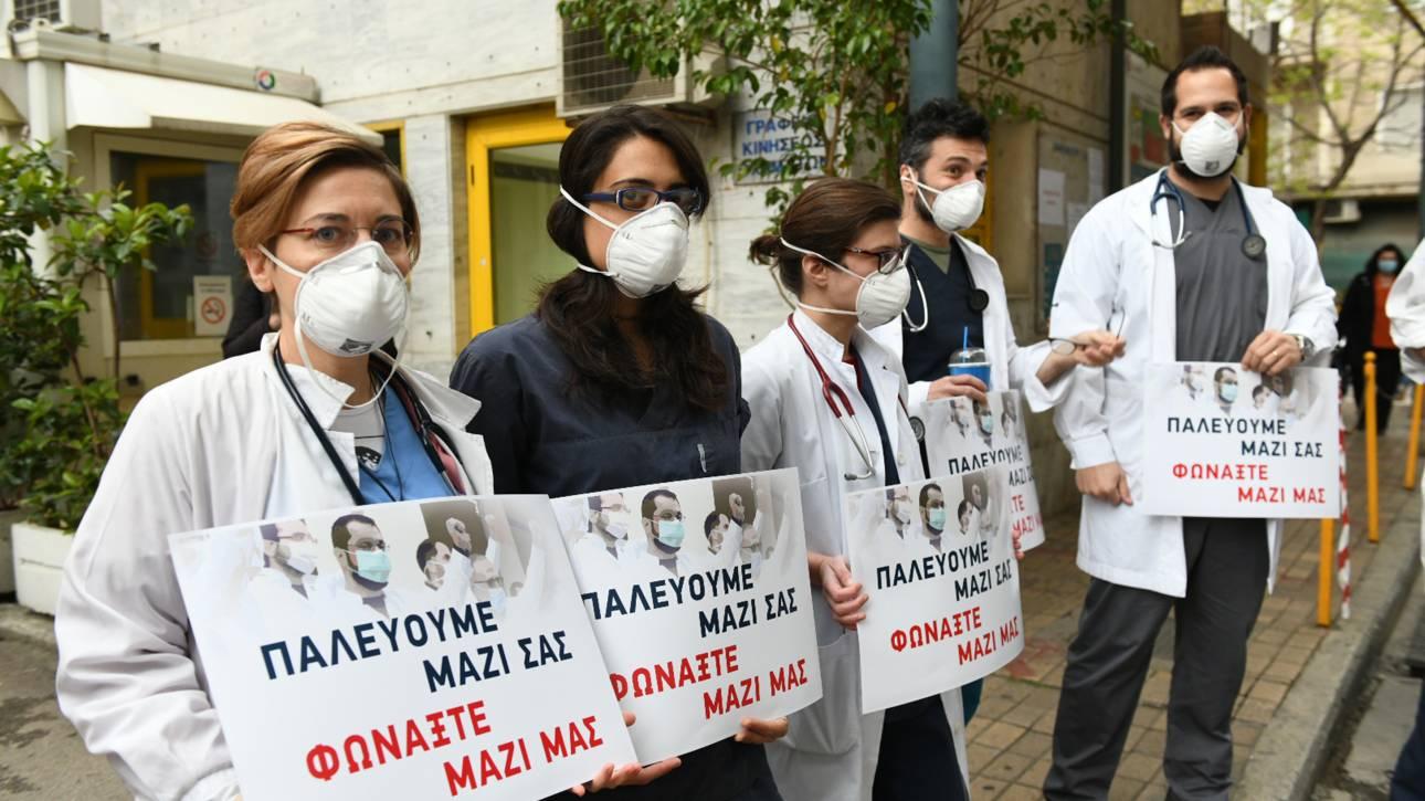 Τσίπρας: Θέλουν σιωπηλούς τους ήρωες με τις λευκές και πράσινες μπλούζες