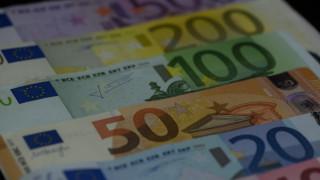 Τα νέα δεδομένα για τα 800 ευρώ σε εργαζόμενους και εργοδότες