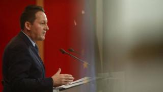 Πέτσας: Πάντα στο τραπέζι το ευρωομόλογο