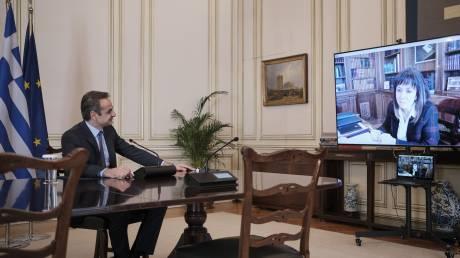 Κορωνοϊός: Τηλεδιάσκεψη Μητσοτάκη-Σακελλαροπούλου για την κρίση και την επόμενη μέρα