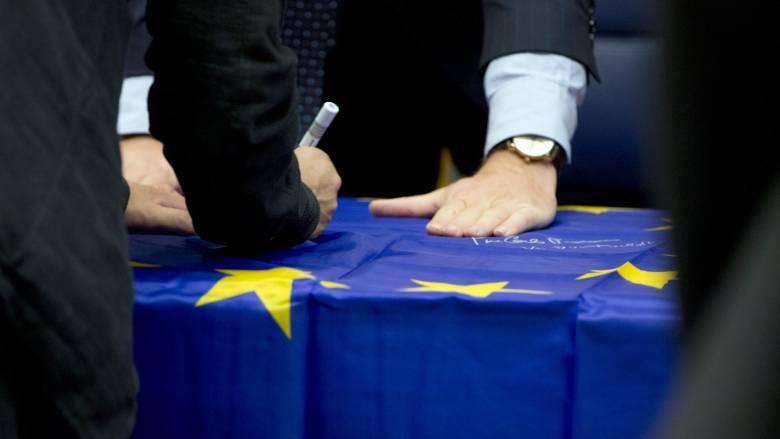 Eurogroup - Γαλλία: Ακατανόητη η παρεμπόδιση της απόφασης για τον ESM από την Ολλανδία