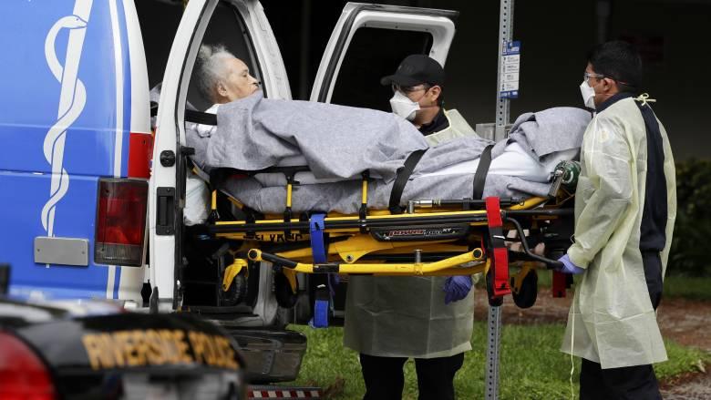Κορωνοϊός: Νέο αρνητικό ρεκόρ στη Νέα Υόρκη - Μνήμες 11ης Σεπτεμβρίου στον Κουόμο
