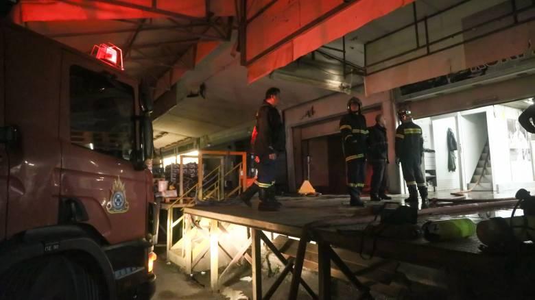 Φωτιά στην Κεντρική Λαχαναγορά του Ρέντη