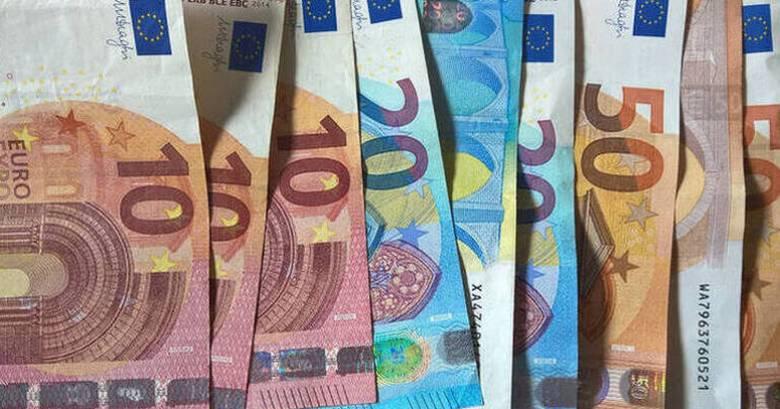 Κορωνοϊός: Πώς θα καταβληθούν τα 800 ευρώ στους δικαιούχους