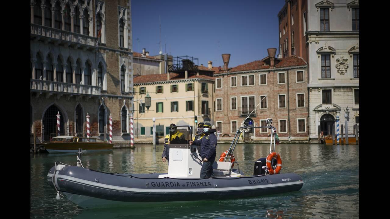 https://cdn.cnngreece.gr/media/news/2020/04/09/214672/photos/snapshot/Venice-2-Andrew-Medichini.jpg