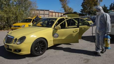 Κορωνοϊός: Διευκρινίσεις για τουριστικά τρένα, σχολικά λεωφορεία, ταξί και ΚΤΕΛ